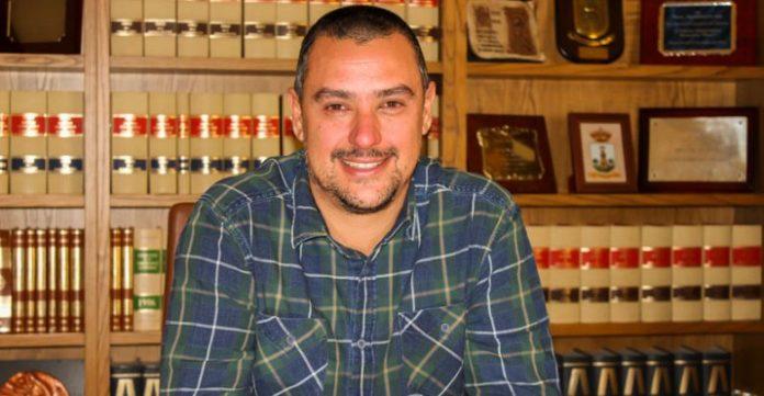 Aspe: Iván Escobar sustituye a 'Torero' en el banquillo del Club de Fútbol La Coca de Aspe