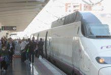 Renfe lanza miles de billetes del AVE entre Alicante y Madrid desde 19,70 euros