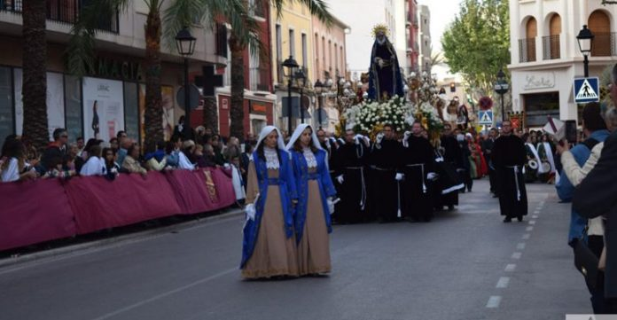 Aspe: La revista de Semana Santa donará parte de sus ingresos a MACMA