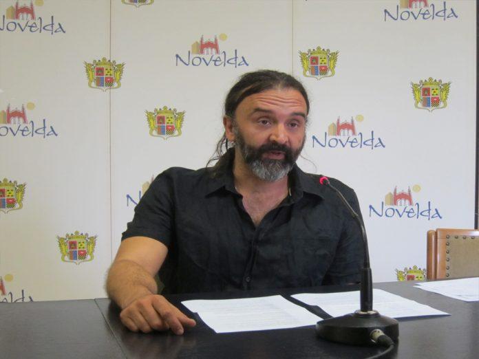 Novelda rebaja su deuda en cinco millones durante el último año
