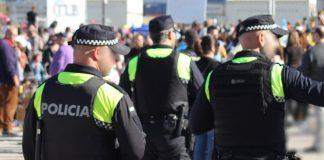 Alicante: La policía local premia a 200 alumnos por saber evitar el acoso escolar
