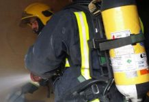 Málaga: Herido leve un hombre tras un incendio en una vivienda