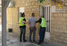 Novelda: Guardia Civil detiene a los autores de un robo con intimidación en La Romana