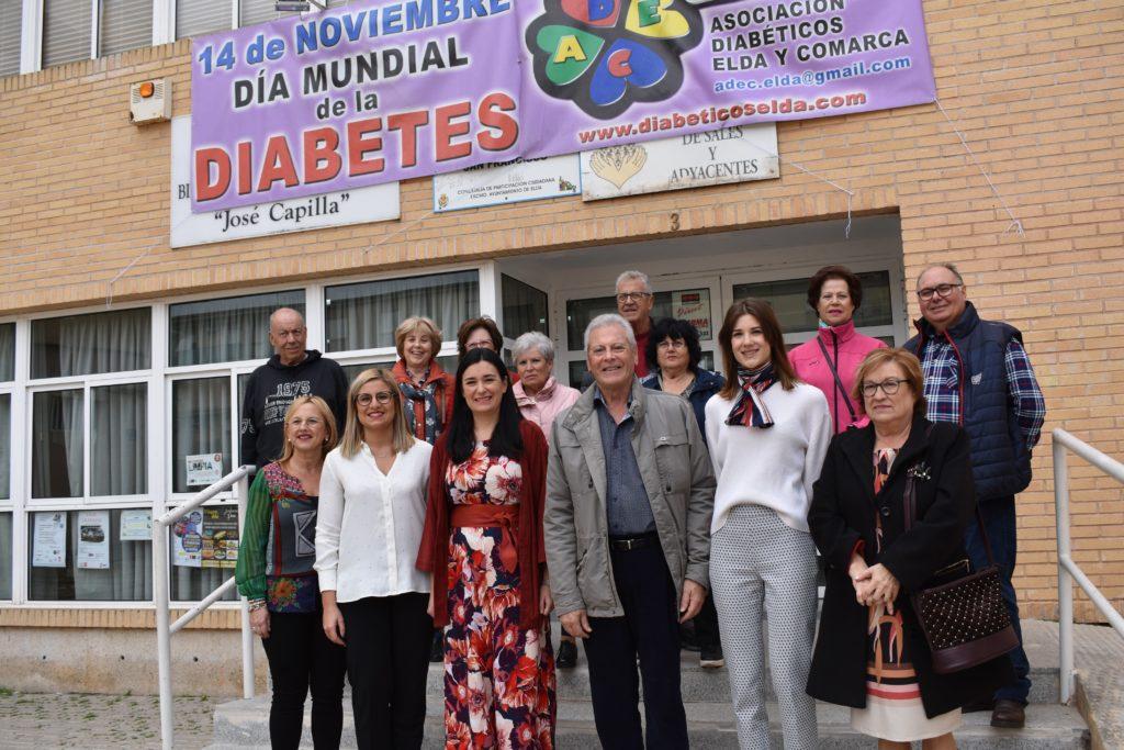 La alcaldesa de Petrer se reúne con la ex ministra de Sanidad Carmen Montón en el Día Mundial de la Diabetes