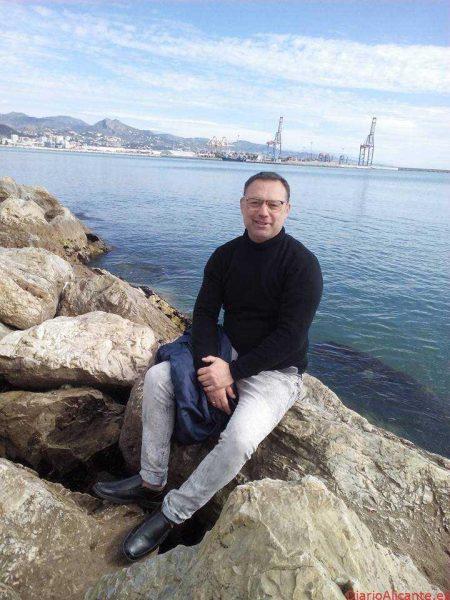 Un Mar que Gime, el Mar del Mundo de Jesús Antonio Fernández Olmedo