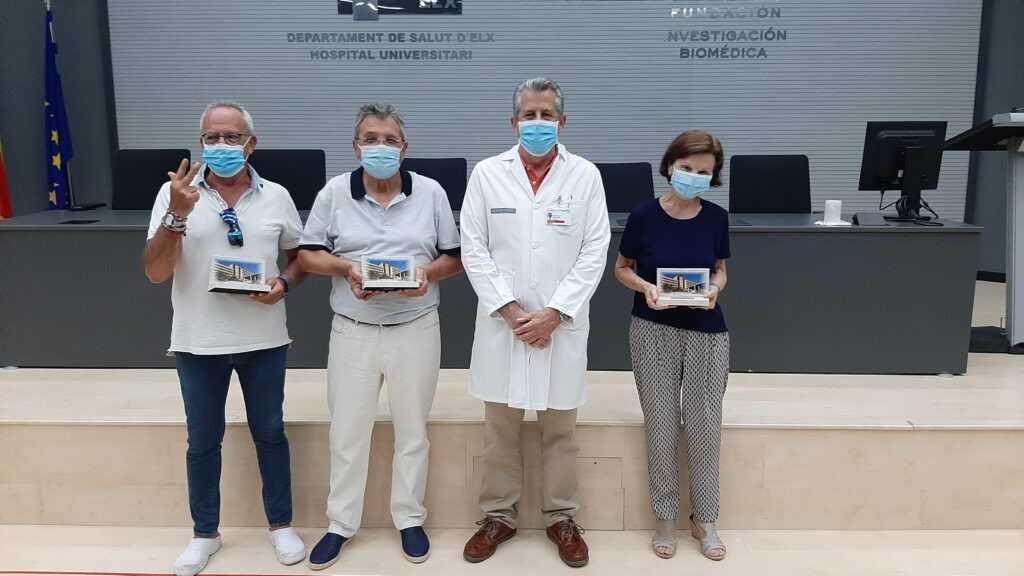 El Departamento de Salud del Hospital General Universitario de Elche rinde homenaje a los profesionales jubilados que se reincorporaron para luchar contra el coronavirus