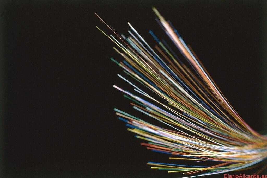 Telefónica conecta con fibra óptica 548 hogares y comercios de Torre de les Maçanes