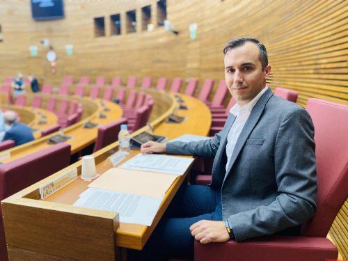 VOX exige a À Punt austeridad y recortes