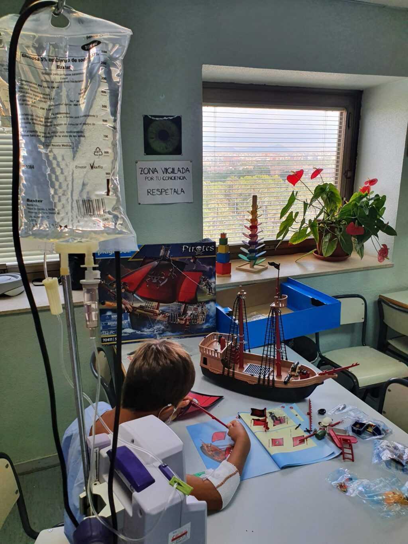 El aula de escolares del Hospital General Universitario de Elche también abre sus puertas