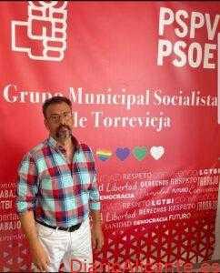 """Rodolfo Carmona califica de """"muy egoísta la postura de Eduardo Dolón ante el inicio del curso escolar""""."""