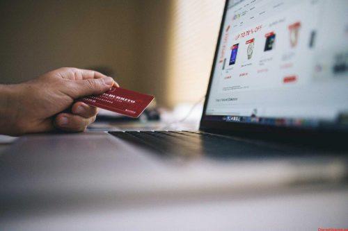Black Friday 2020 el 65 % de españoles recurrió a tiendas virtuales