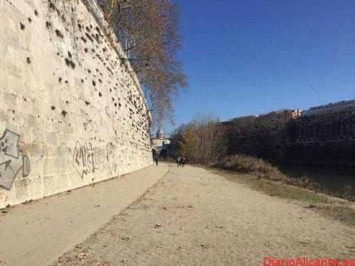 Corriendo por la Senda del Río Tíber en Roma Italia