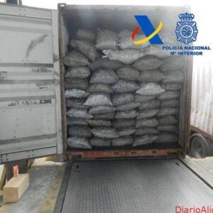 Desarticulada una organización criminal dedicada al tráfico internacional de cocaína a gran escala