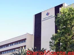 El Departamento de Salud Elche-Hospital General comienza a vacunar de la segunda dosis contra el coronavirus a profesionales y residencias de mayores