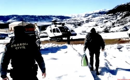 La Guardia Civil auxilia a 4 personas que se encontraban aisladas por el temporal en una aldea de Segura de la Sierra