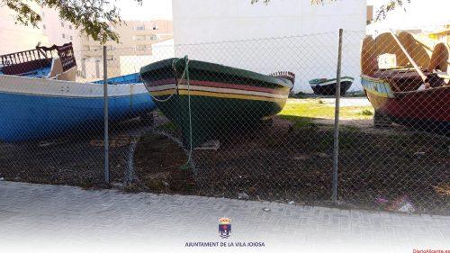 Policía Local de la Vila Joiosa detiene a un individuo por vandalismo en el recinto donde se encuentran las barcas festeras
