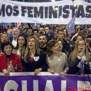 Populismo burlón y canallesco del 8M