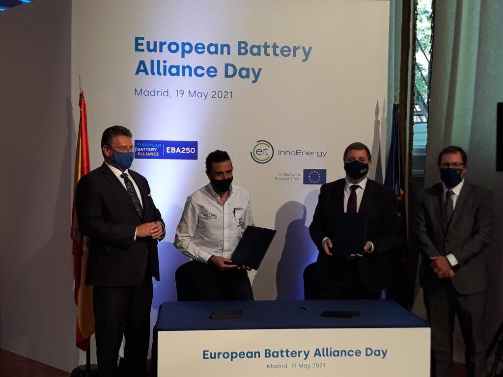 Correos se incorpora a la Alianza Europea de las Baterías en el marco de la visita a Madrid del Vicepresidente de la Comisión Europea MarošŠefčovič