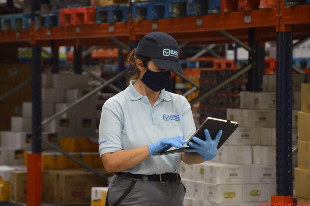 Los trabajadores tendrán que formarse en control de plagas, según la nueva versión de la IFS Food