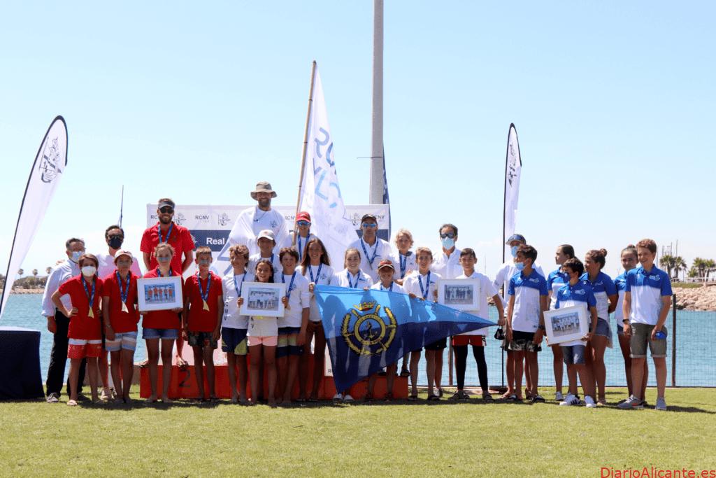 La FVCV corona a sus campeones autonómicos de optimist por equipos