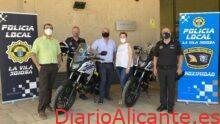 La Policía Local de la Vila presenta dos nuevas motos para su parque automovilístico