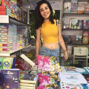 Natalia Olmedo se hace viral por sus libros