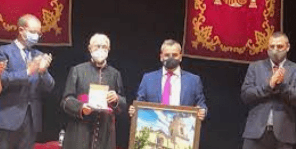 Aspe nombra hijo adoptivo de la Villa de Aspe a D. Fernando Navarro Cremades