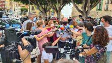 La Vila Joiosa guarda un minuto de silencio en recuerdo de la mujer asesinada