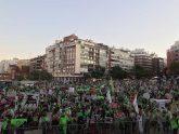 Miles de personas acuden a la manifestación de PACMA en Madrid