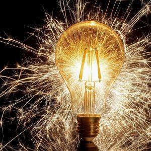 La subida eléctrica destroza al Gobierno