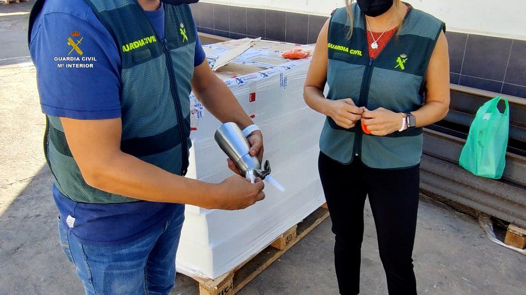 """Desarticulada en Melilla organización dedicada a la venta cápsulas de """"gas de la risa"""""""