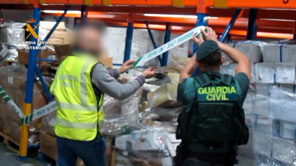La Guardia Civil ha detenido a 22 personas Por la venta de alimentos no aptos